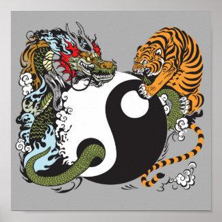 symbole de yang de yin de dragon et de tigre posters