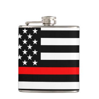 Symbole graphique à traits rouge mince américain flasques