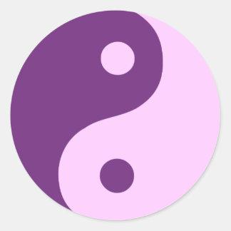 Symbole pourpre et rose de Taoist de Yin Yang Sticker Rond