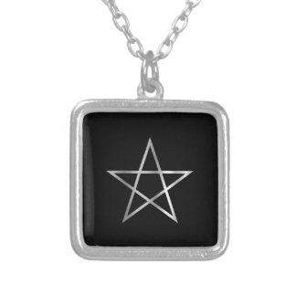 Symbole religieux de Pentagone étoilé de satanisme Pendentif Carré