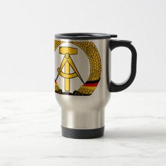 Symbolisez le der RDA - emblème national de la RDA Mug De Voyage