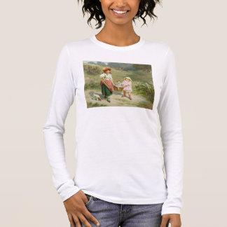 T33572 au marché, pour acheter un gros porc t-shirt à manches longues