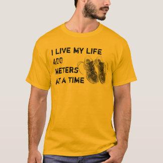 T de base des hommes - la vie 400 mètre à la fois t-shirt