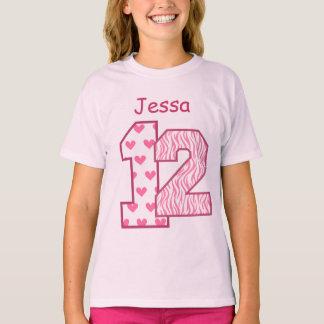 T-shirt 12ème Nom fait sur commande V025D de zèbre rose