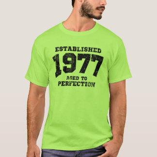 T-shirt 1977 établis âgés à la perfection