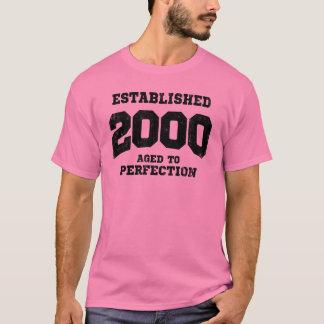 T-shirt 2000 établi âgé à la perfection