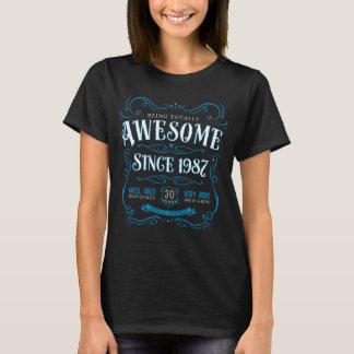 T-shirt 30ème Bleu impressionnant de cadeau d'anniversaire