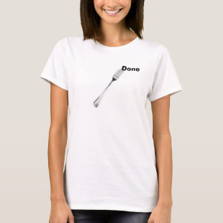 T-shirt À la mode soumis à une contrainte