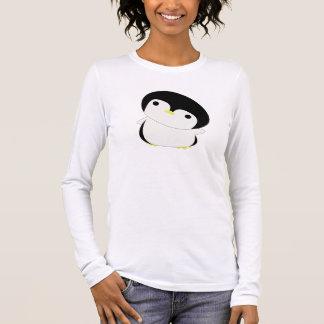 T-shirt À Manches Longues Le pingouin mignon de Kawaii indique salut le