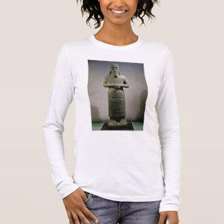 T-shirt À Manches Longues Statue consacrée au dieu Haddad-Yishi (basalte)