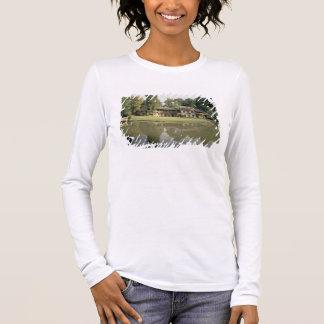 T-shirt À Manches Longues Vue du petit Hameau, 1782-85 (photo)