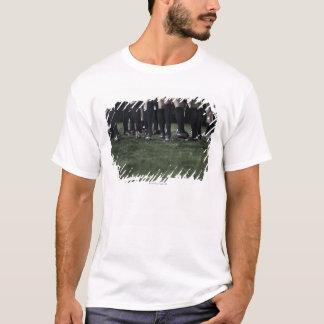 T-shirt Abaissez la section d'un groupe de joueurs de