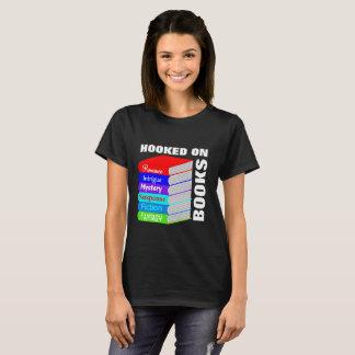 T-shirt Accroché sur le graphique de nouveauté d'amoureux