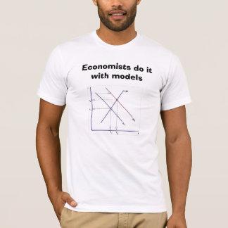 T-shirt Achetez cette chemise chez www.IDoItWithModels.com