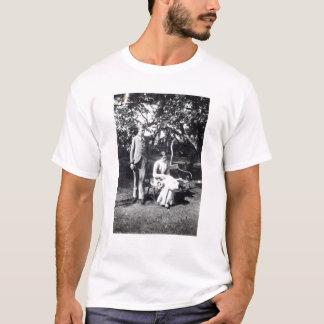 T-shirt Adrian et Virginie Stephen, 1900