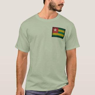 T-shirt affligé par drapeau du Togo