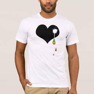 T-shirt aïe. coeur d'arc-en-ciel