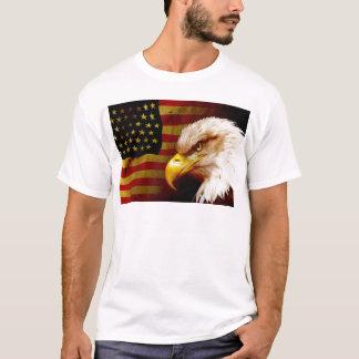T-shirt Aigle chauve avec le drapeau