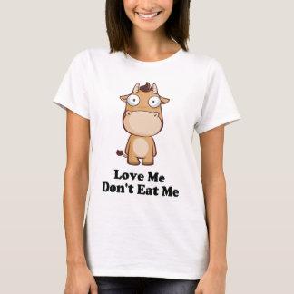 T-shirt Aimez-moi ne me mangent pas conception de vache