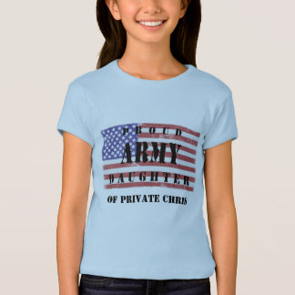 T-shirt Ajoutez la chemise fière nommée de fille de