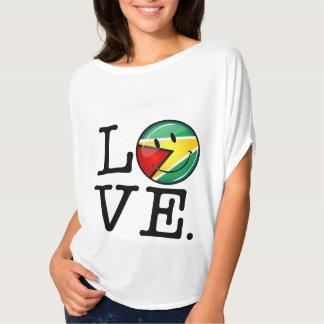 T-shirt Amour de drapeau guyanais de sourire de la Guyane