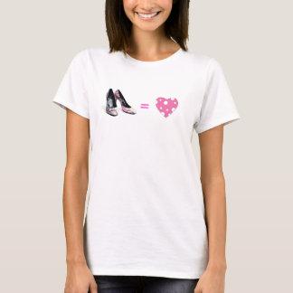 T-shirt Amour égal de chaussures