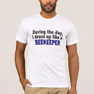 T-shirt Apiculteur au cours de la journée