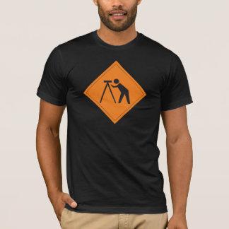 T-shirt Arpenteur de terre au travail