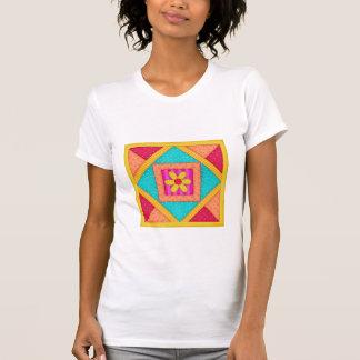 T-shirt Art coloré de bloc d'édredon de patchwork