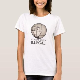 T-shirt Aucun être humain n'est illégal