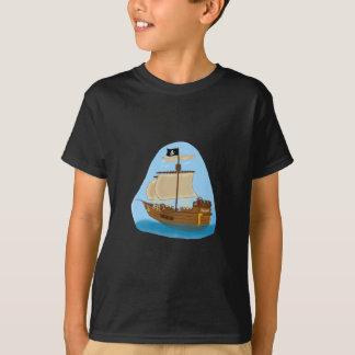T-shirt Bateau de pirate avec le drapeau