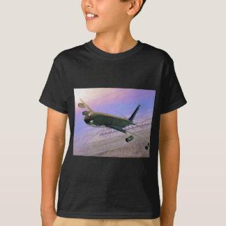 T-shirt Bateaux-citerne chez Jeddah par Roy Grinnell