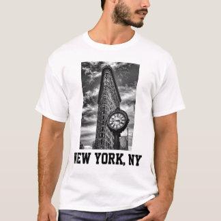T-shirt Bâtiment et horloge de Flatiron en noir et blanc