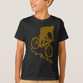 T-shirt Bicyclette faisante du vélo de montagne