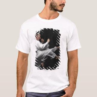 T-shirt Blackbelt faisant un coup-de-pied avant
