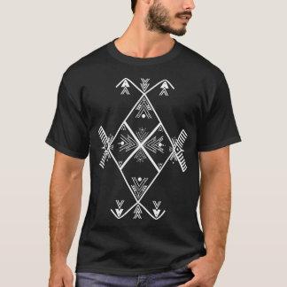 T-shirt blanc de conception d'art d'Amazigh