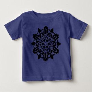 T-shirt bleu avec l'art de mandala
