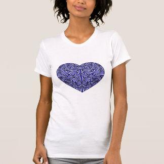 T-shirt bleu embrouillé de coeur