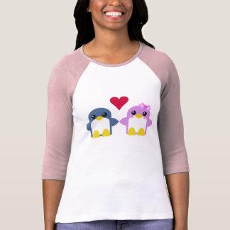 T-shirt bonbon d'amour de pingouins de kawaii tweety