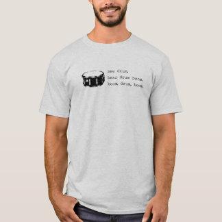 T-shirt boom, tambour, boom