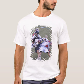 T-shirt BOSTON, MA - 4 JUIN :  Greg avalant #8 2