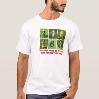 T-shirt Bouche d'incendie de quelques jours ; Chien de
