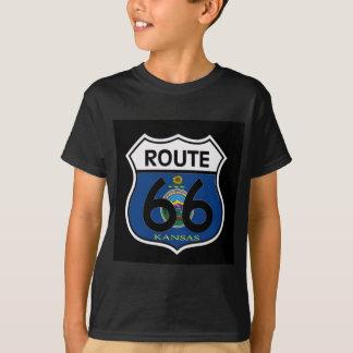 T-shirt Bouclier de l'itinéraire 66 de drapeau du Kansas