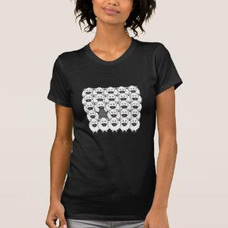 T-shirt Bouvier chez les moutons
