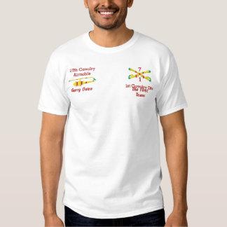 T-shirt Brodé 1/7th Cav. ęr Cav. Fusils et chemise UH1 croisés