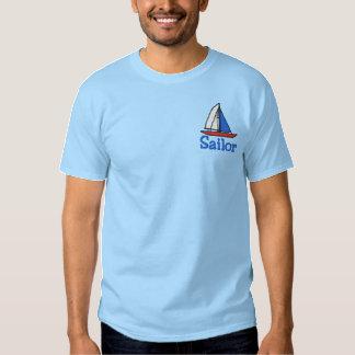 T-shirt brodé de voilier