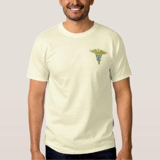 T-shirt Brodé Dirigeant de corps d'infirmière d'armée