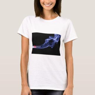 T-shirt brûlant d'impression de cigarette