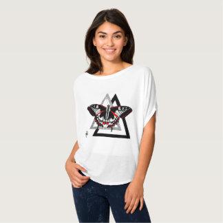 T-shirt butterfly dotwrok