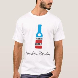T-shirt Buvant libéralement, Brandon, la Floride